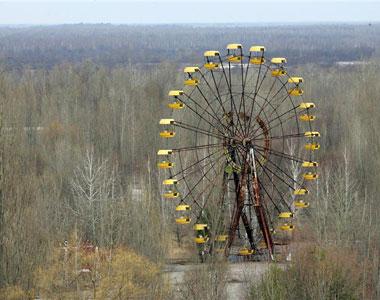 Азаров хочет восстановить зону отчуждения