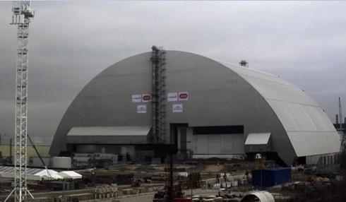 Надвижка арки НБК на ЧАЭС почти завершена?